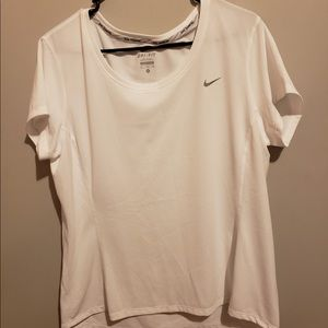 NIKE DRI-FIT WORKOUT SHIRT